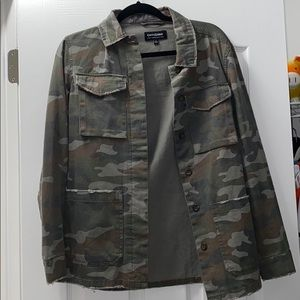 Camouflage Distressed Utility Jacket Size Small